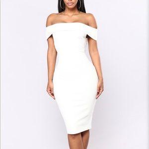 NWT Fashion Nova Chantal dress white size Small